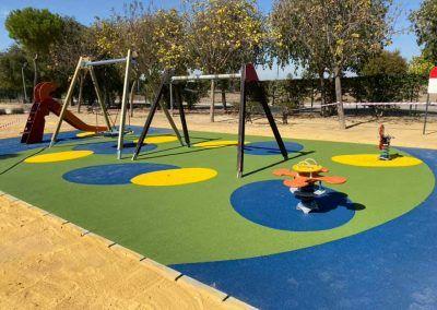 Construcción, rehabilitación y mantenimiento de zonas infantiles